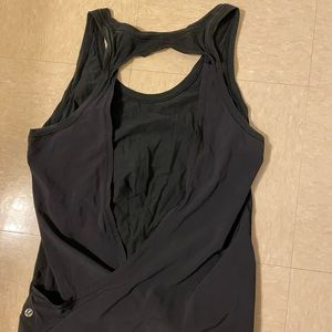 Lululemon open back workout top